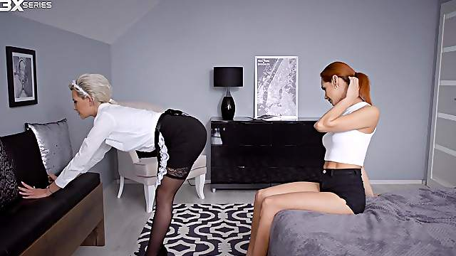 Hot maid Subil Arch instantly impresses sultry Veronica Leal