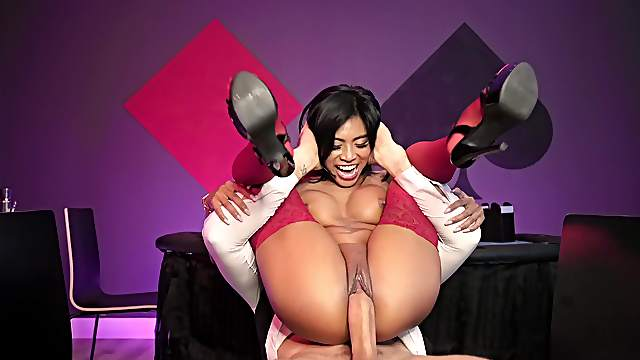 Ebony with nice red stockings, the first ever cam shag so hard