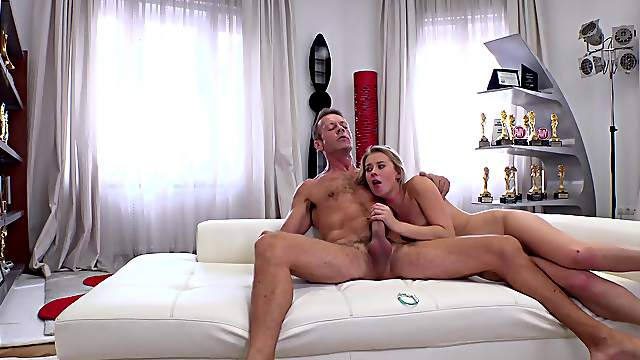 Cock-loving knockout Casey licks ass during hot fucking