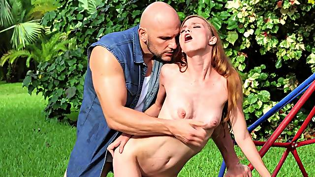 Ginger slut gets it in both her holes during a fine outdoor shag